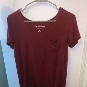 Hollister Tops - MAROON T SHIRT